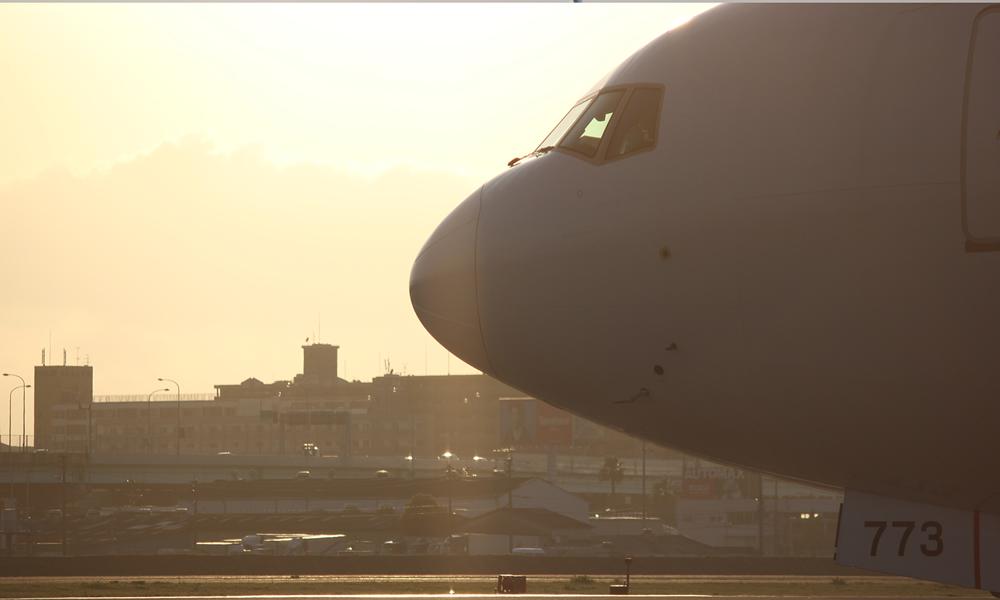最新の航空機走行軌跡ソフトを導入しました。